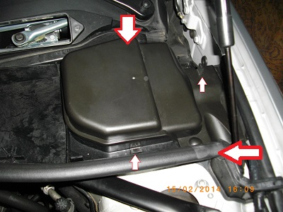 tuto changer le filtre air de sa e90 l6 2006 2008 bmw. Black Bedroom Furniture Sets. Home Design Ideas