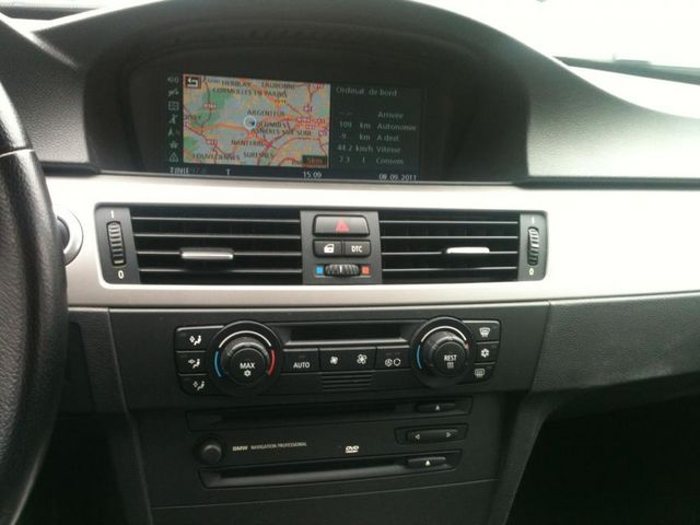poste radio cd qui s 39 arr te par intermittence bmw. Black Bedroom Furniture Sets. Home Design Ideas